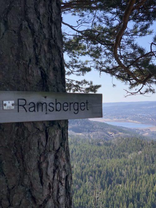 Ramsberget, Skrehelle, Olaugstjenn, Vestre Skrehelle